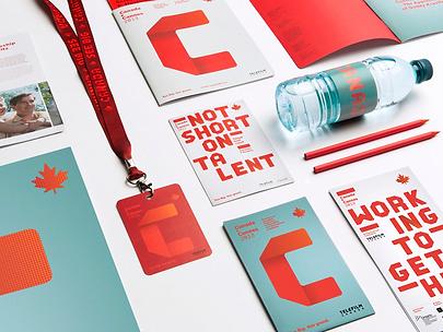 materiały konferencyjne z logo