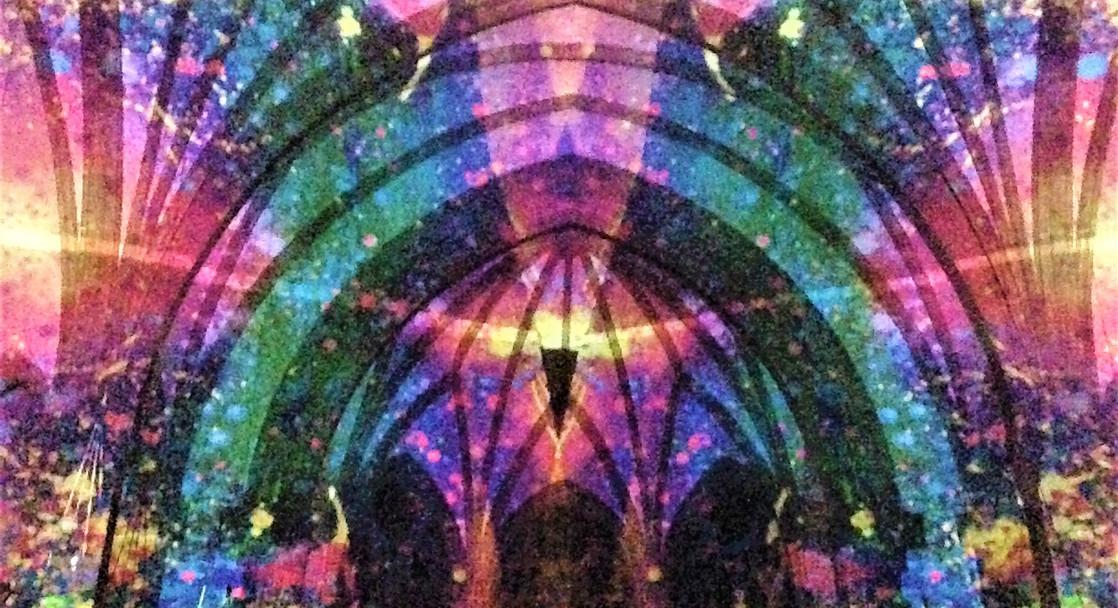 Christuskirche 'Inside the Crystal' proejction