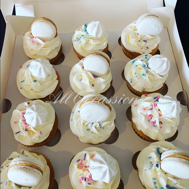 Meringues & Mac Cupcakes