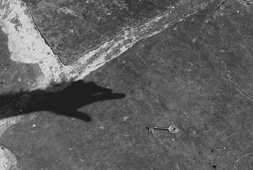 hand key.jpg