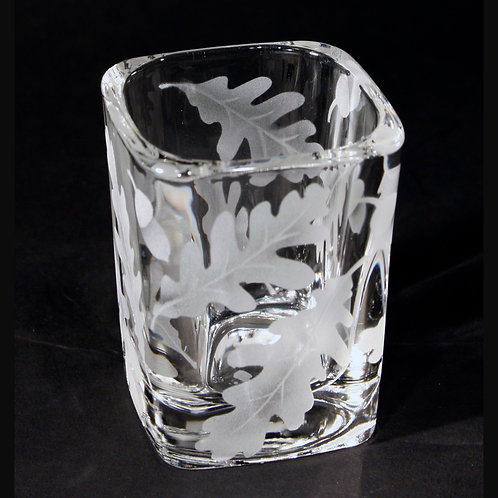 Oak Leaves Acorns Etched on Clear Square Shot Glass  Code: F560 CL LSSB