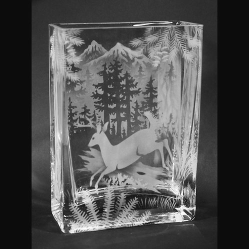 Stag Forest Mountian Scene Etched on Clear Rectangle Vase  Code: A135 CL GEVD
