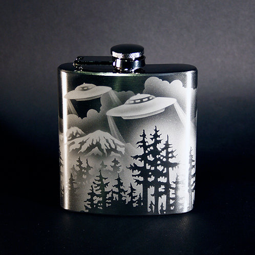 UFO Scene Etched 6oz Stainless Steel Flask  Code; M810 SS 06FC