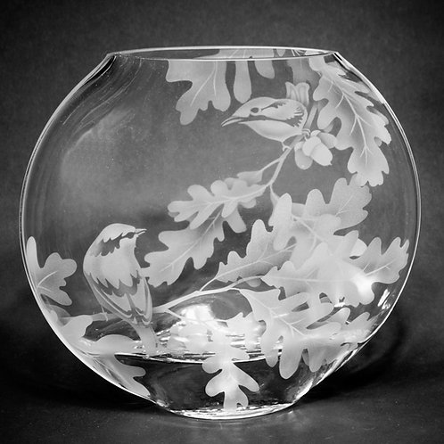 Finch in Oak Branches Etched on CLear LG Sphere Vase  Code: B222 CL GSVD
