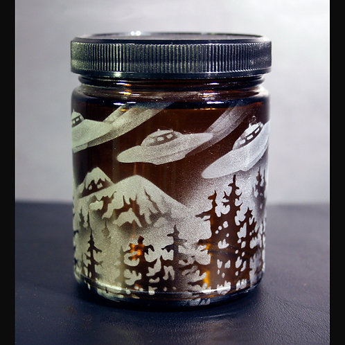 Flying Saucers Flying Over Mountain Etched on Topaz Lg Jar  Code: M810 TP SJLC