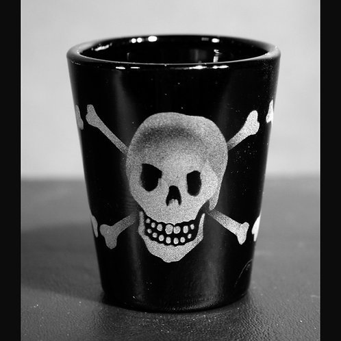 Skull with Cross-Bones Etched on Black Shot Glass  Code: T735 BK LSGB
