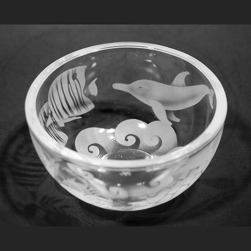 Ocean Animals with Waves Etched on Clear Petite Bowl  Code:  O560 CL PSBB