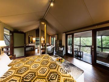 Buffalo-Camp-Tent-Interior-4.jpg