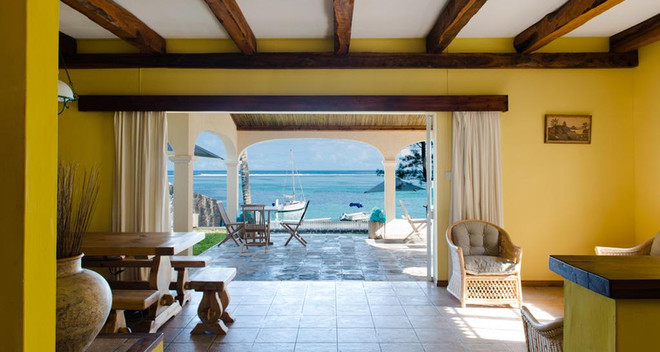mauritius holiday inn.jpg