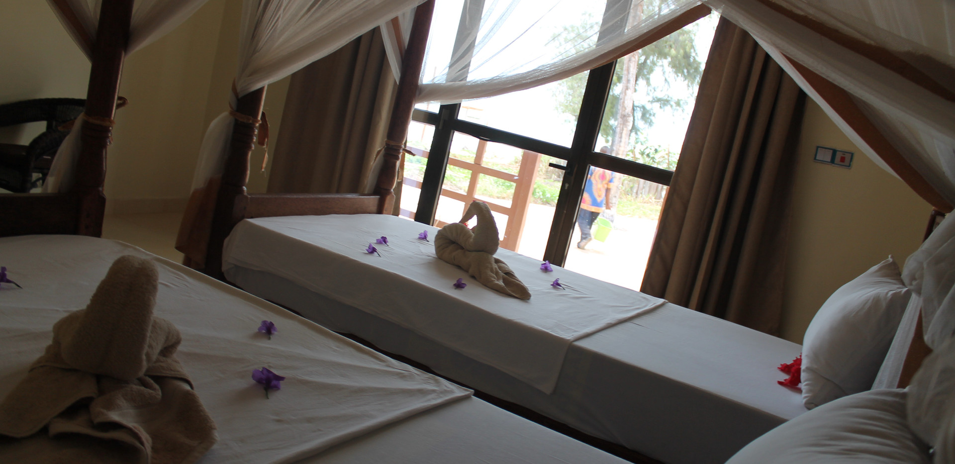 mahali twin room.jpg