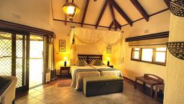 idube-lodge-bedroom.jpg
