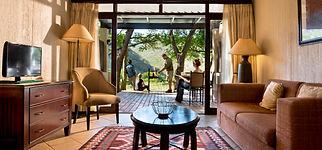 Kwa Maritane Bush Lodge_Rooms_Outside Braai (2).jpg