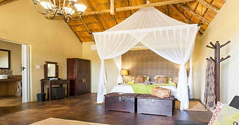sabi-sands-UMKUMBE bedroom.jpg
