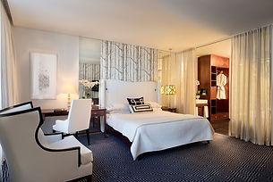 deluxe_-_junir_suite_room.jpg