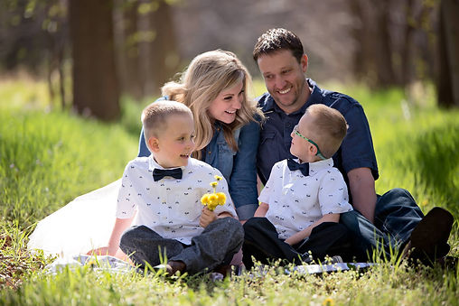 Johnstown Family Photographer, Kristie Allbritten And Her Family