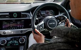 Jaguar-Land-Rover-will-face-a-Coronaviru