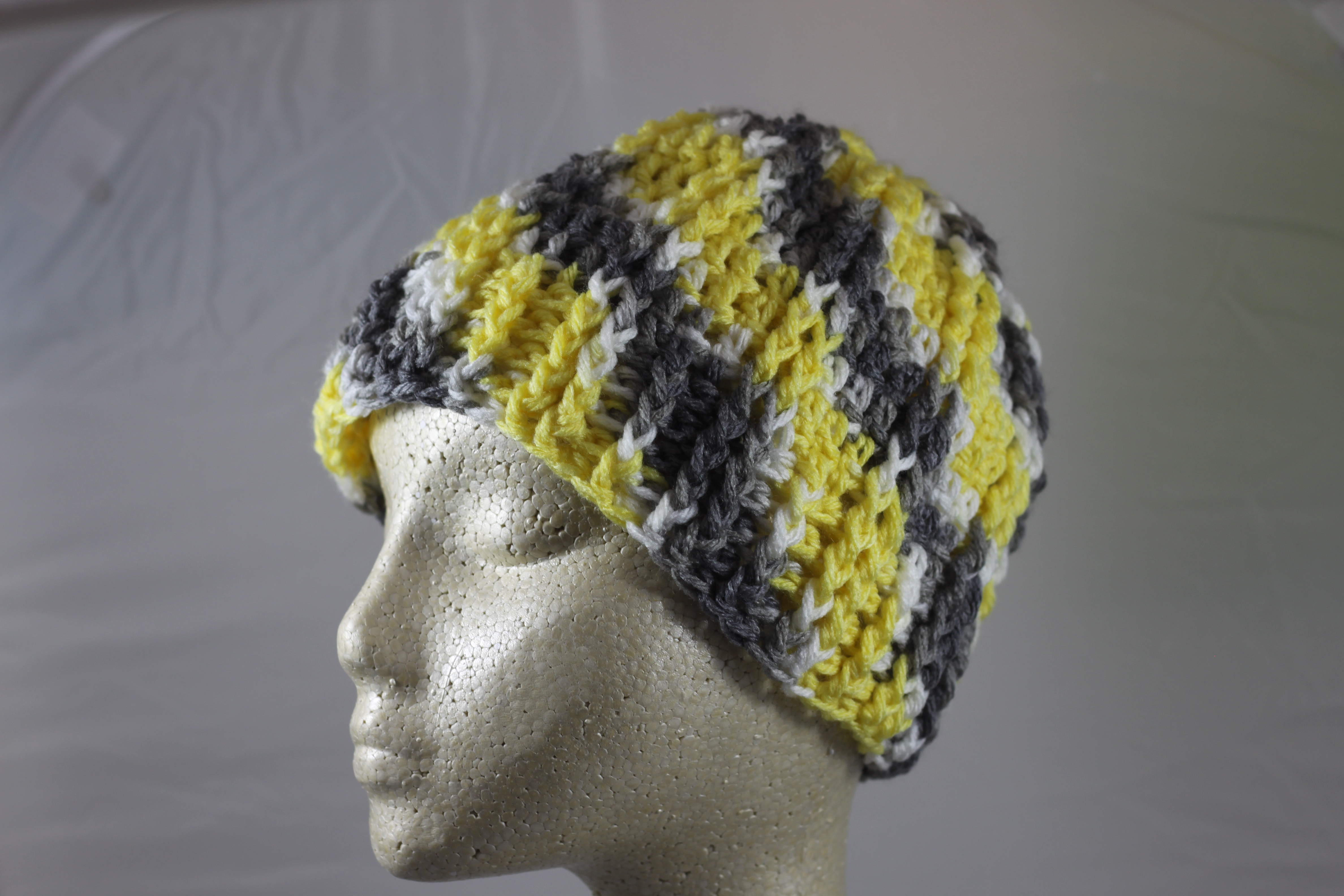 Ridged Crochet Hat - Lemon drop