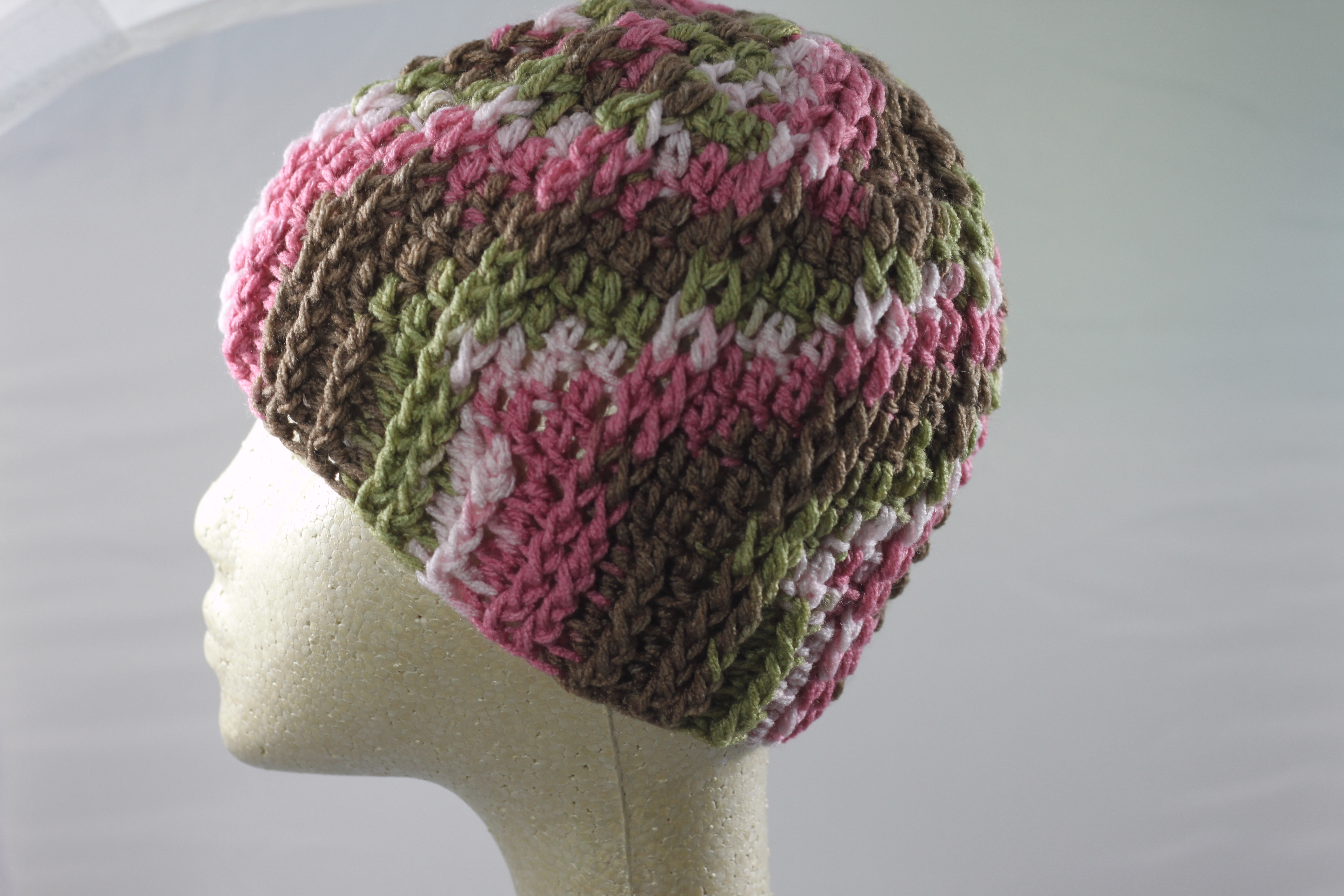 Ridged Crochet Hat - Pink Camo