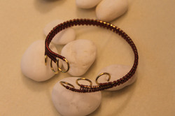 Simple woven bracelet brown golden