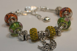 Bird charm bracelet - yellow lime