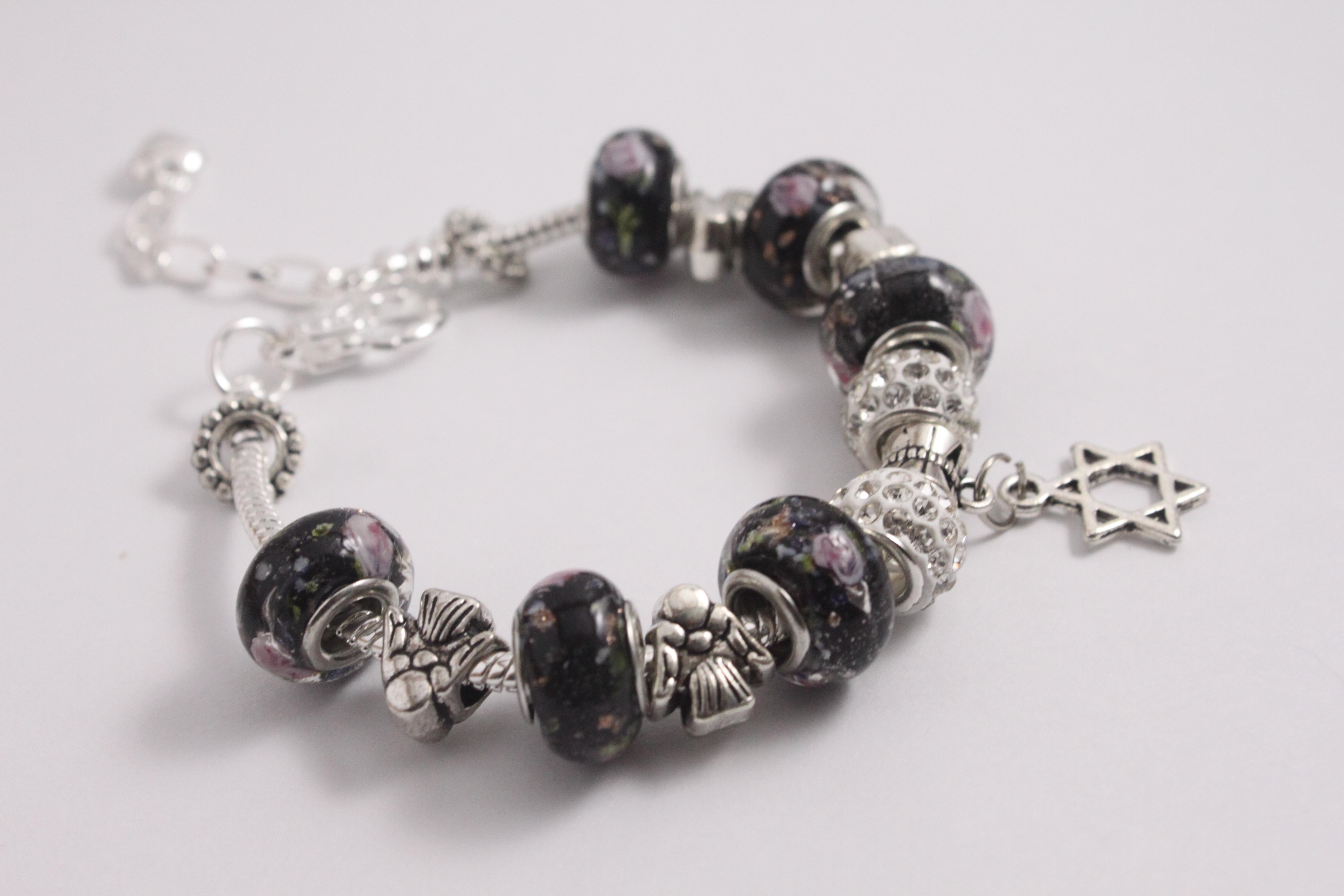 Star charm bracelet - various black