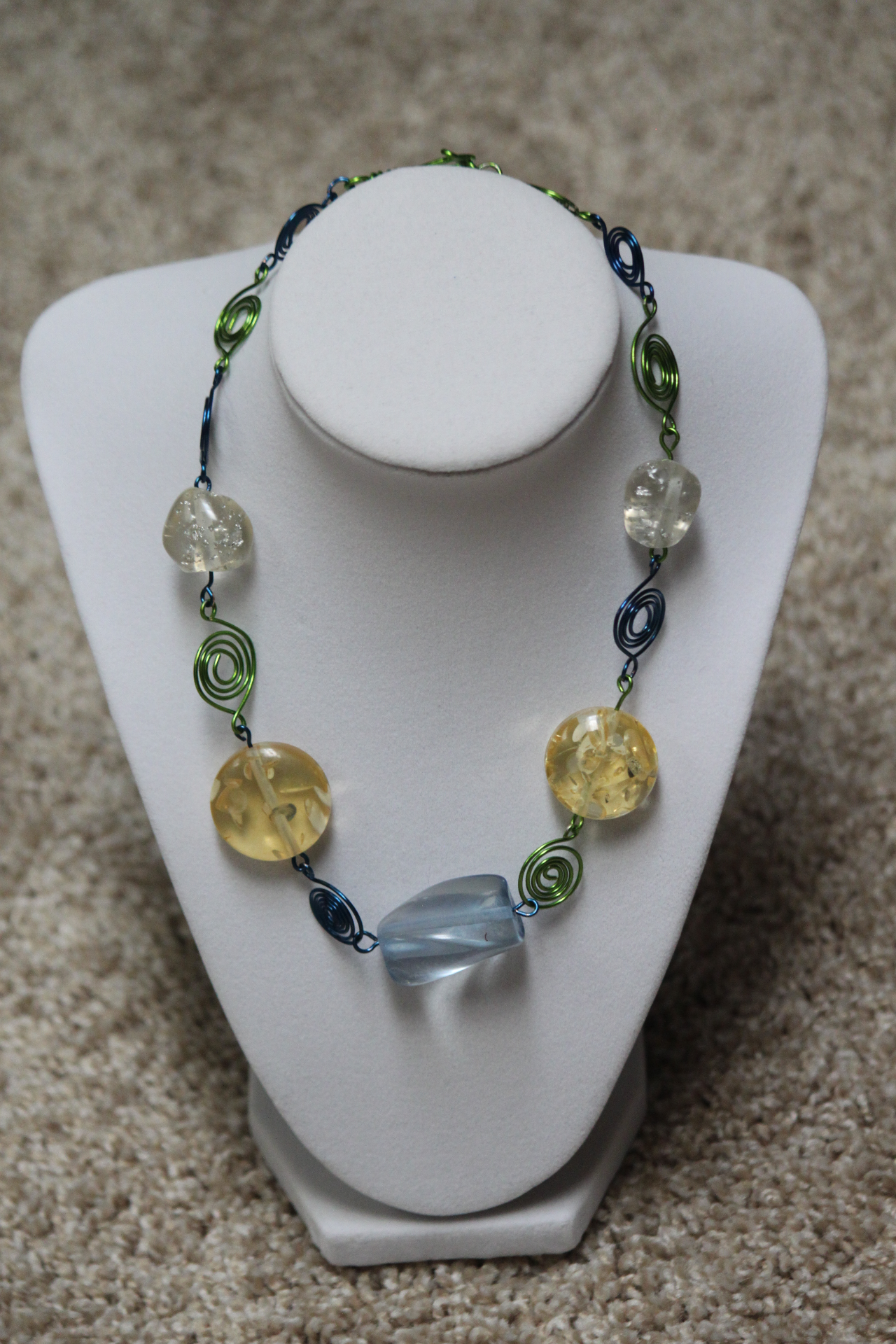 Resin spiral necklace light tone