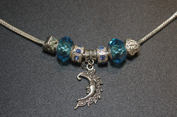 Crescent charm bracelet - Sky Blue