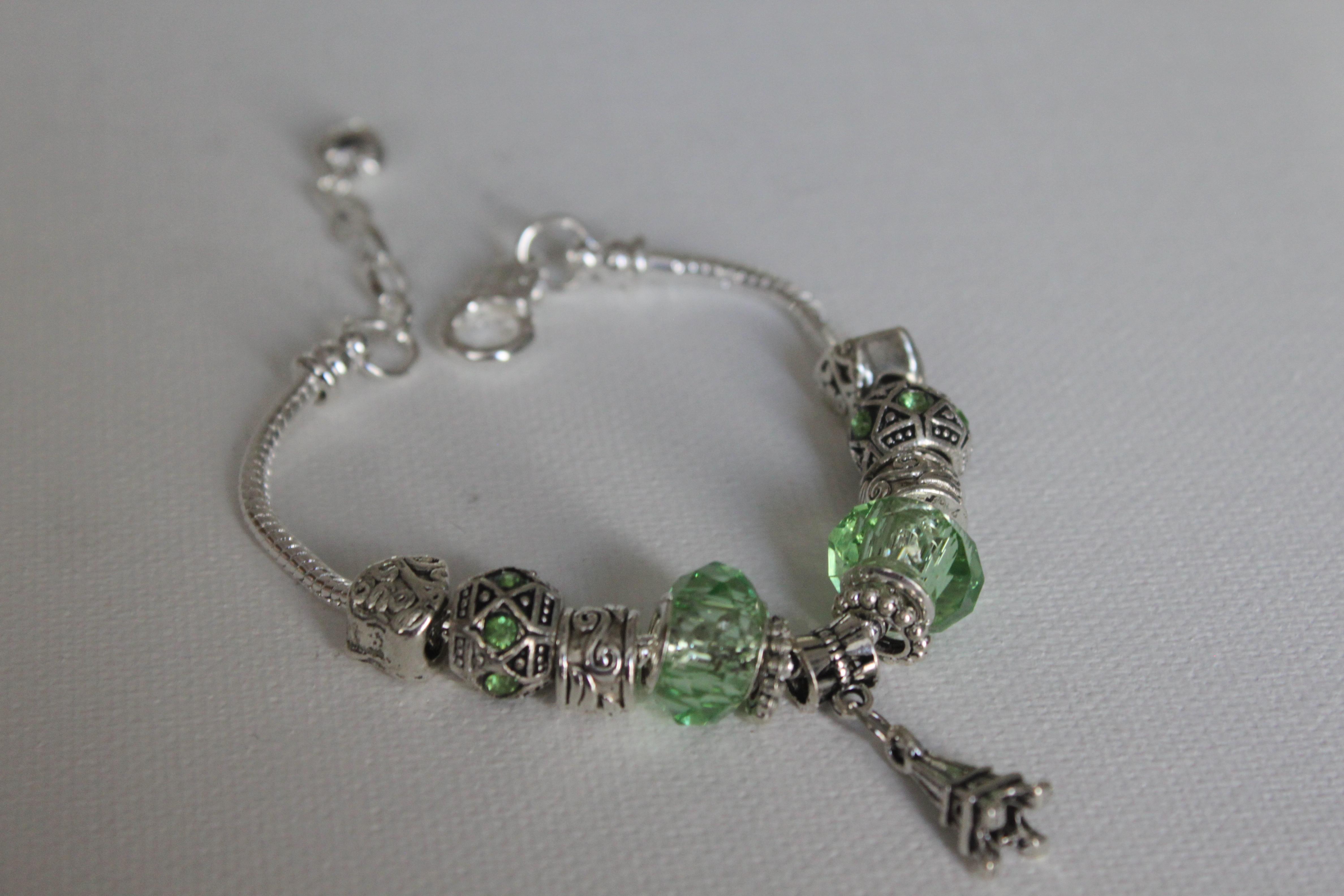 Eiffel charm bracelet - Apple Green