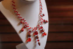 Necklace in crystal ruby tone