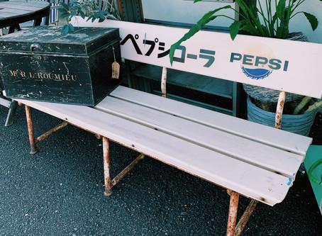 昭和の駄菓子屋さんを彷彿とさせる感じ。