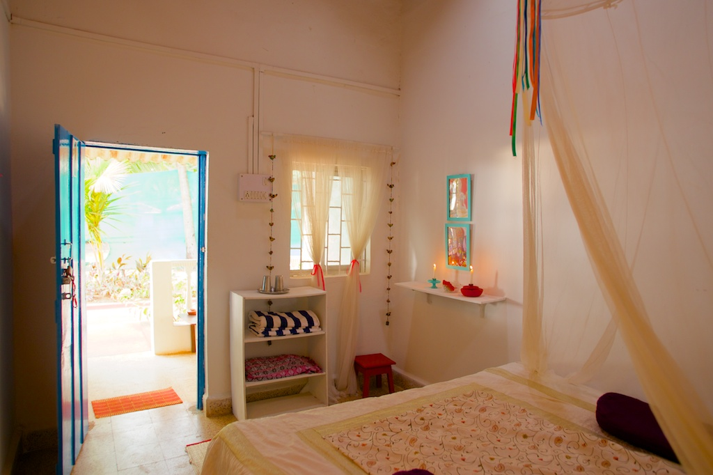 4. HOME Patnem_Sea View Rooms_bedroom2