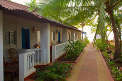 6. HOME Patnem_Sea View Rooms_balcony view