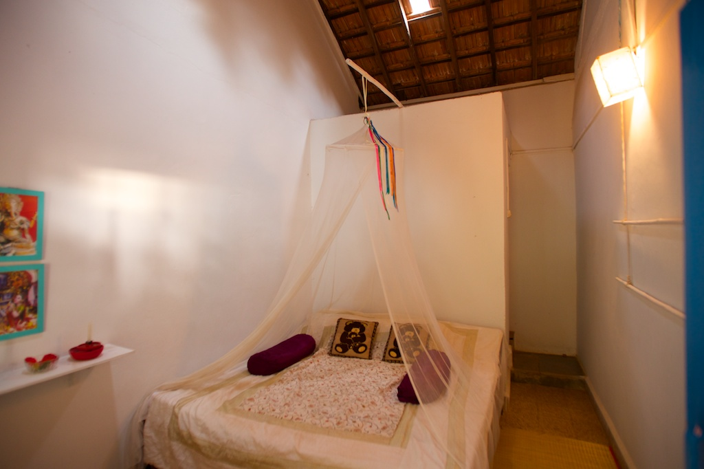 3. HOME Patnem_Sea View Rooms_bedroom1