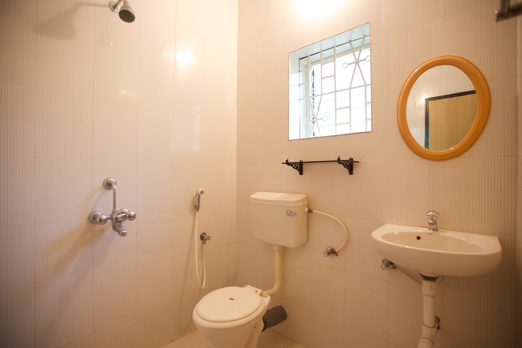 9. HOME Patnem_Garden View Rooms_bathroom