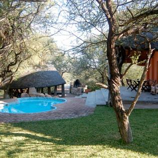 Lodge pool and lapa