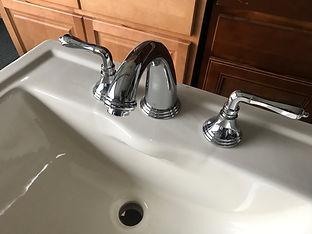luxury bath lav