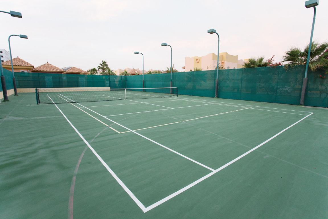 Las Dunas Tennis Courts