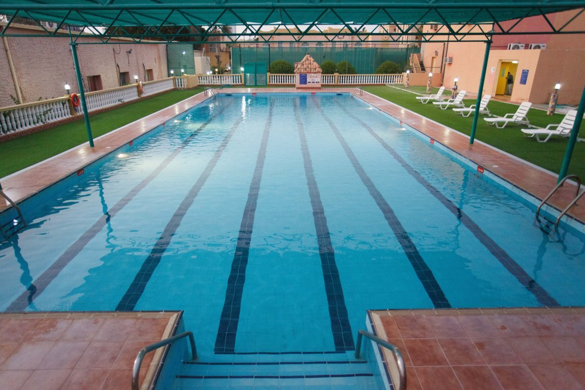 Las Dunas Lap Pool