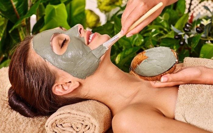 Higienização Facial + Escalda Pés