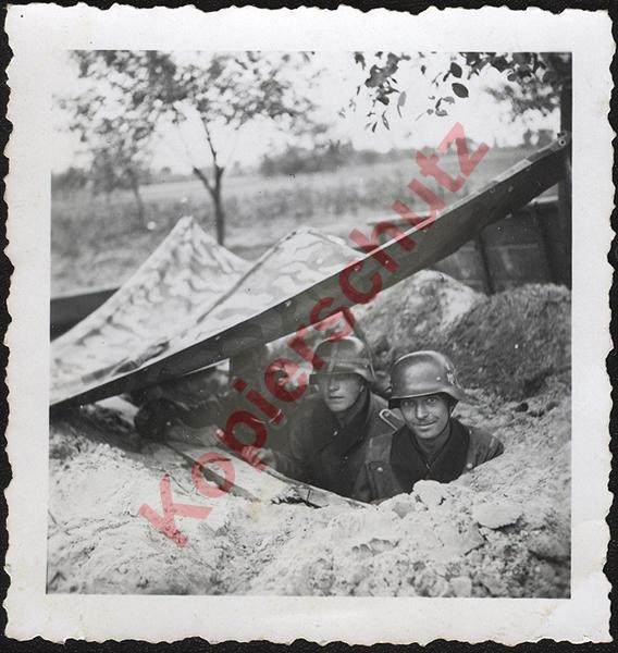 Zelt Over Hole 140911-51.jpg