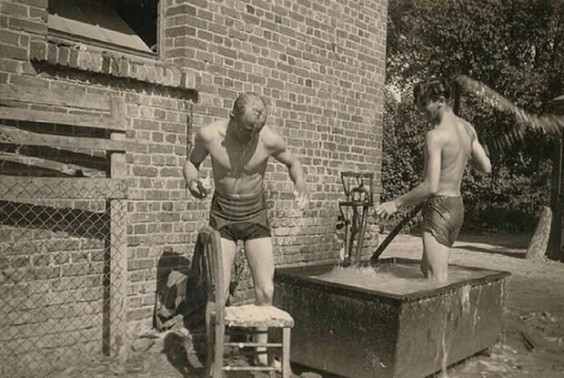 bathing--5316592.1ca4b204.640.jpg
