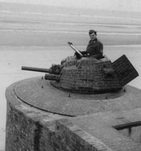 French turret--aw14xj03jmo41.png