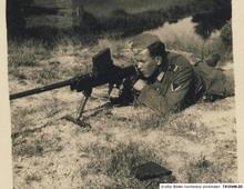 Boys Anti-tank Rifle2.jpg
