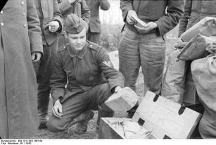 Bundesarchiv_Bild_101I-394-1497-09,_Russ