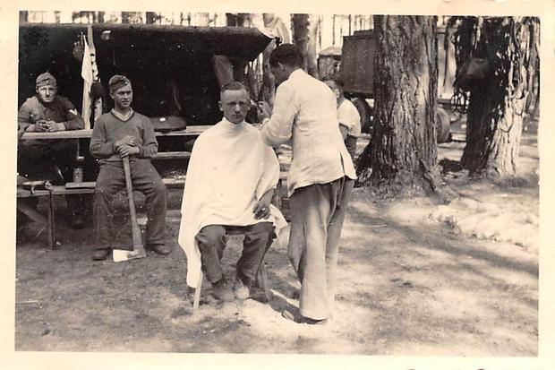 barber--s-l1600 (10).jpg