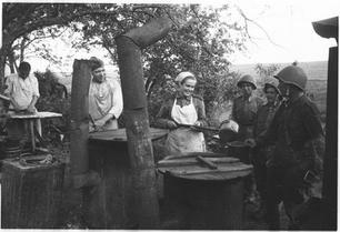Soviet Field Kitchen armia-czerwona-15.j