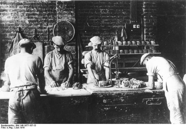 Bundesarchiv_Bild_146-1977-107-13,_Belgi