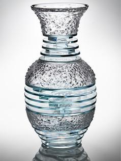 Blown Plate Gass Vase