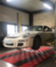 Entretien et préparation de voiture de sport