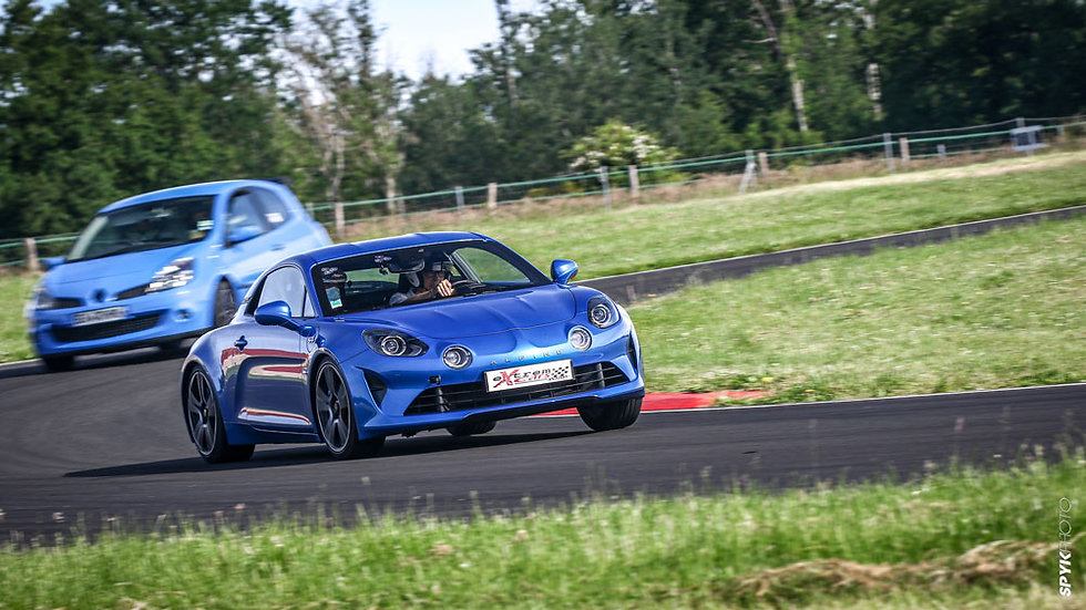 Coaching Pilotage - Alpine A110 - Circuit des Ecuyers - Extrem Cars